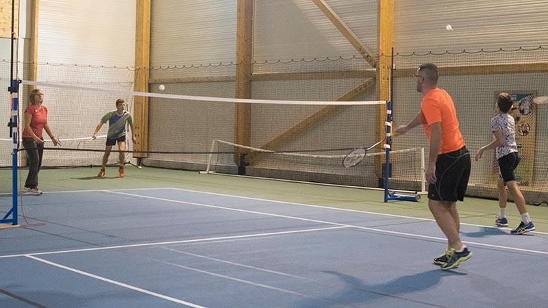 badminton enfants loisir avec SPTR, à Roquettes